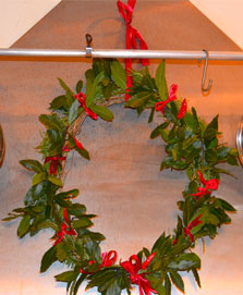 How to Make a Christmas Herb Wreath