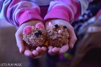 Piano Hand Position for Kids : Little Hamster Pom-Poms